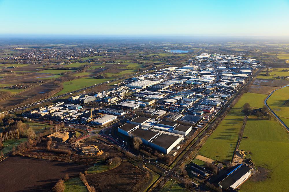 Nederland, Gelderland, Barneveld, 20-01-2011. Bedrijventerrein Harselaar. Business park Harselaar..luchtfoto (toeslag), aerial photo (additional fee required).copyright foto/photo Siebe Swart