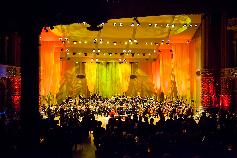 Scenes from the 2012 Academy Ball Concert featuring the Philadelphia Orchestra