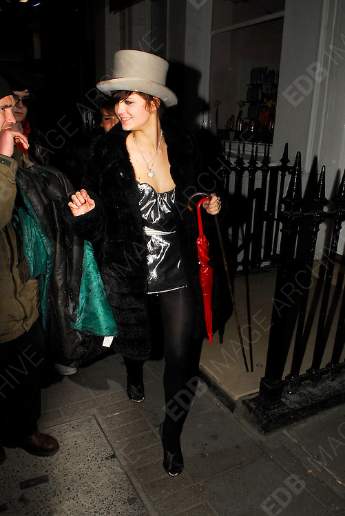 03.APRIL.2007. LONDON<br /> <br /> PIXIE GELDOF LEAVING SISTER PEACHES 18TH FANCY DRESS BIRTHDAY PARTY.<br /> <br /> BYLINE: EDBIMAGEARCHIVE.CO.UK<br /> <br /> *THIS IMAGE IS STRICTLY FOR UK NEWSPAPERS AND MAGAZINES ONLY*<br /> *FOR WORLD WIDE SALES AND WEB USE PLEASE CONTACT EDBIMAGEARCHIVE - 0208 954 5968*