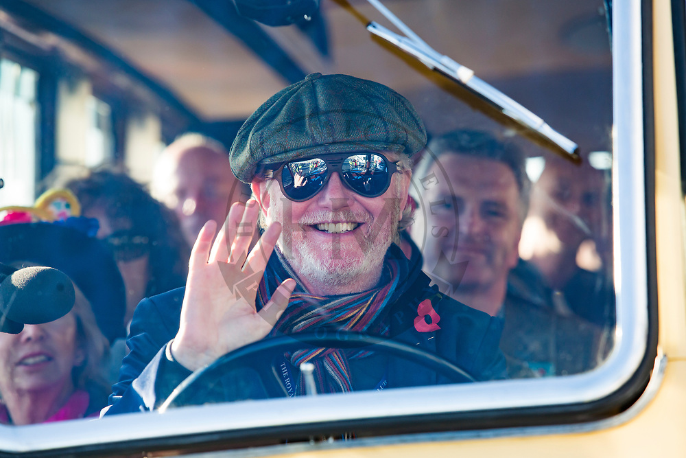 © Hugo Michiels Photography. 06/11/2017. Brighton, UK. BBC 2's The Breakfast Show presenter Chris Evans takes part in the 2017 Bonhams London to Brighton Car Run in aid of the BBC Charity Children in Need. The Car Run, organised by the Royal Automobile Club is in its 121st year with some vehicles taking part build in 1896. Photo credit: Hugo Michiels Photography