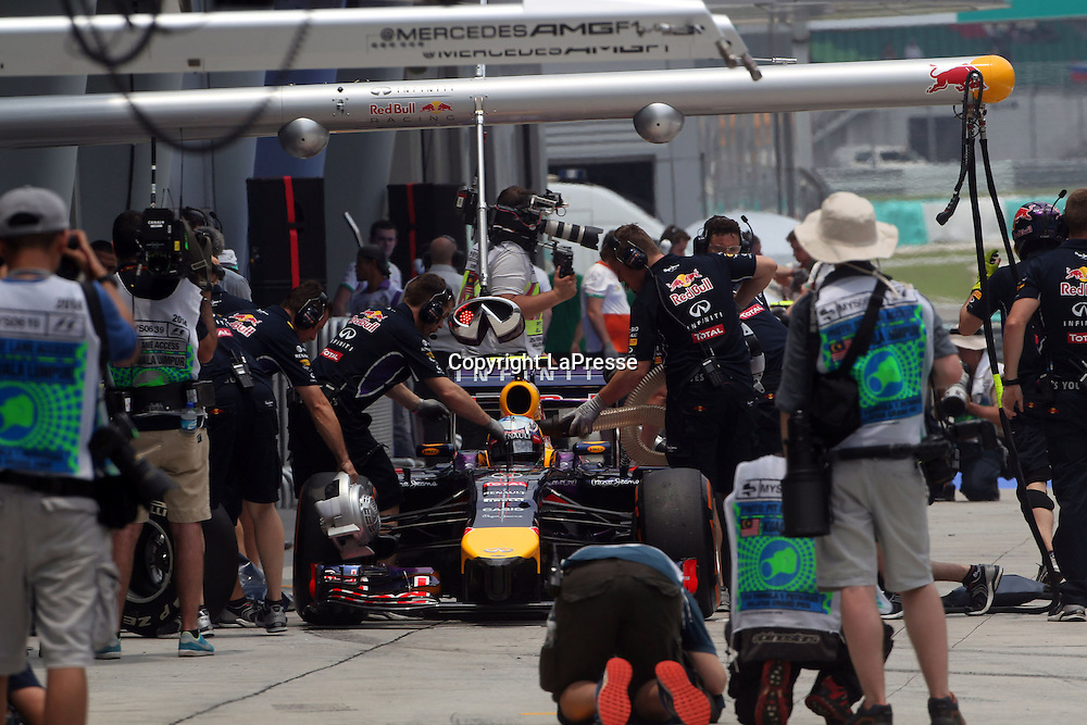 &copy; Photo4 / LaPresse<br /> 29/3/2014 Sepang, Malaysia<br /> Sport <br /> Grand Prix Formula One Malaysia 2014<br /> In the pic: Sebastian Vettel (GER), Red Bull Racing, RB10