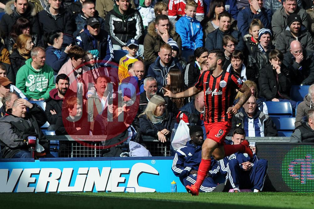 Queens Park Rangers' Charlie Austin celebrates his goal. - Photo mandatory by-line: Dougie Allward/JMP - Mobile: 07966 386802 - 04/04/2015 - SPORT - Football - West Bromwich - The Hawthorns - West Bromwich Albion v QPR - Barclays Premier League