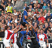 20,05/06 Powergen Cup Bath Rugby vs Bristol Rugby, Danny Grewcock collects the line out ball unchallenged. Bath, ENGLAND, 01.10.2005   © Peter Spurrier/Intersport Images - email images@intersport-images..