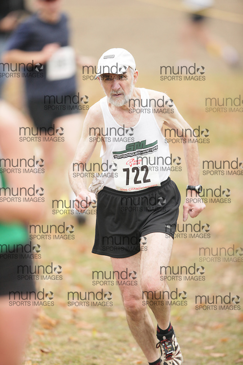King City, Ontario ---09-11-15--- Jack Geddes of the Scarborough Masters Athletic C competes at the Athletics Ontario Cross Country Championships in King City, Ontario, November 16, 2009..GEOFF ROBINS Mundo Sport Images