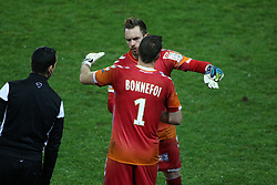 December 13, 2017 - Strasbourg, France - The sostitution of Strasbourg's French goalkeeper Alexandre Oukidja with Bonnefoi Landry during the french League Cup match, Round of 16, between Strasbourg and Paris Saint Germain on December 13, 2017 in Strasbourg, France. (Credit Image: © Elyxandro Cegarra/NurPhoto via ZUMA Press)