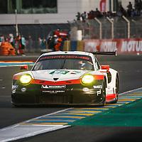 #91, Porsche Motorsport, Porsche 911 RSR (2017), driven by: Richard Lietz, Frederic Makowiecki, Patrick Pilet, on 15/06/2017 at the 24H of Le Mans, 2017