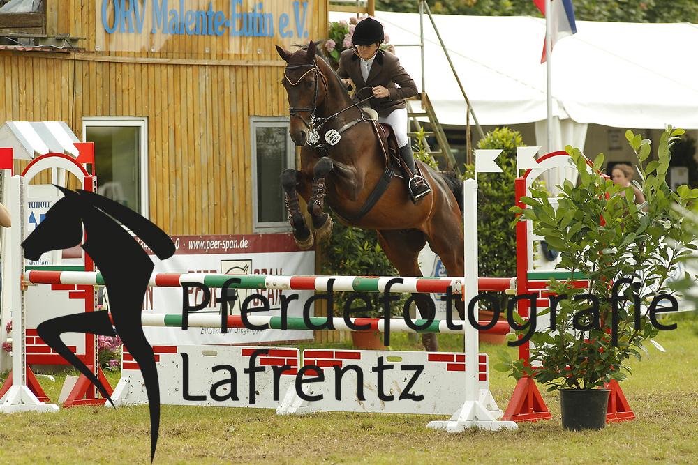Bornhöft, Kathrin, Caimanero S<br /> Eutin - Dressur- und Springturnier<br /> © www.sportfotos-lafrentz.de/Stefan Lafrentz