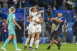 June 27, 2019 - Le Havre, França - LE HAVRE, SM - 27.06.2019: NORWAY VS ENGLAND - Jill Scott and Ellen White of England celebrate after England won a match against Norway 3-0. World Cup Qualification Football. FIFA. Held at the Oceane Stadium in Le Havre, France  (Credit Image: © Richard Callis/Fotoarena via ZUMA Press)
