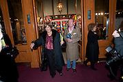 Lynda Bellingham;  Michael Pattemore;  , CIRQUE DU SOLEIL LONDON PREMIERE OF VAREKAI. Royal albert Hall. 5 January 2009