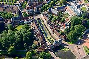 Nederland, Utrecht, Amersfoort, 17-07-2017; centrum Amersfoort met Koppelpoort. Aan de Westsingel Museum Flehite.<br /> Center of Amersfoort and with historical (water)gate 'Koppelpoort'.<br /> <br /> luchtfoto (toeslag op standard tarieven);<br /> aerial photo (additional fee required);<br /> copyright foto/photo Siebe Swart