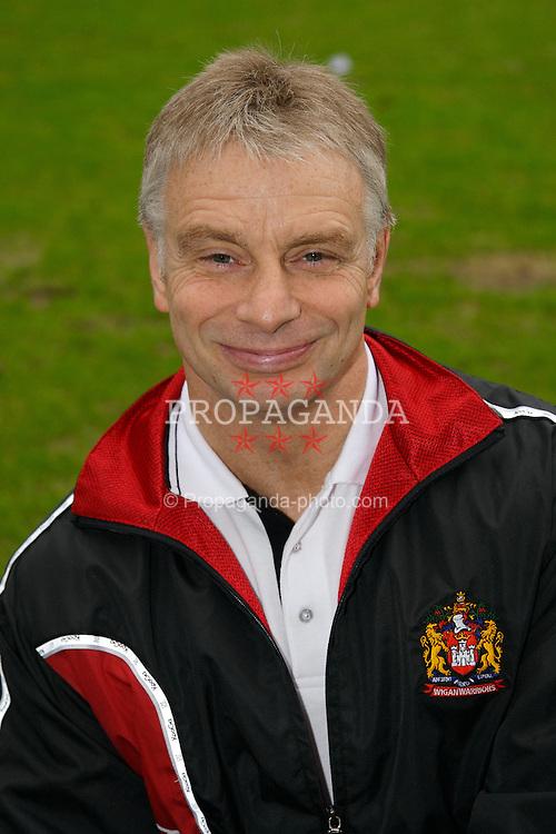 WIGAN, ENGLAND - Monday, January 28, 2008: Wigan Warriors' head coach Brian Noble. (Photo by David Rawcliffe/Propaganda)