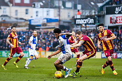 Ellis Harrison of Bristol Rovers is challenged by Matthew Kilgallon of Bradford City - Rogan/JMP - 20/01/2018 - FOOTBALL - Memorial Stadium - Bristol, England - Bristol Rovers v Bradford City - EFL Sky Bet League One.