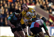 2004/05 Zurich Premiership, NEC Harlequins vs London Wasp,Twickenham, ENGLAND:.Lawrence Dallaglio, goes for the gap, between left Andre Vos and right Steve So'oailo,..Photo  Peter Spurrier. .email images@intersport-images.com...2004/05 Zurich Premiership, NEC Harlequins vs London Wasp,Twickenham, ENGLAND:.Lawrence Dallaglio...Photo  Peter Spurrier. .email images@intersport-images.com...