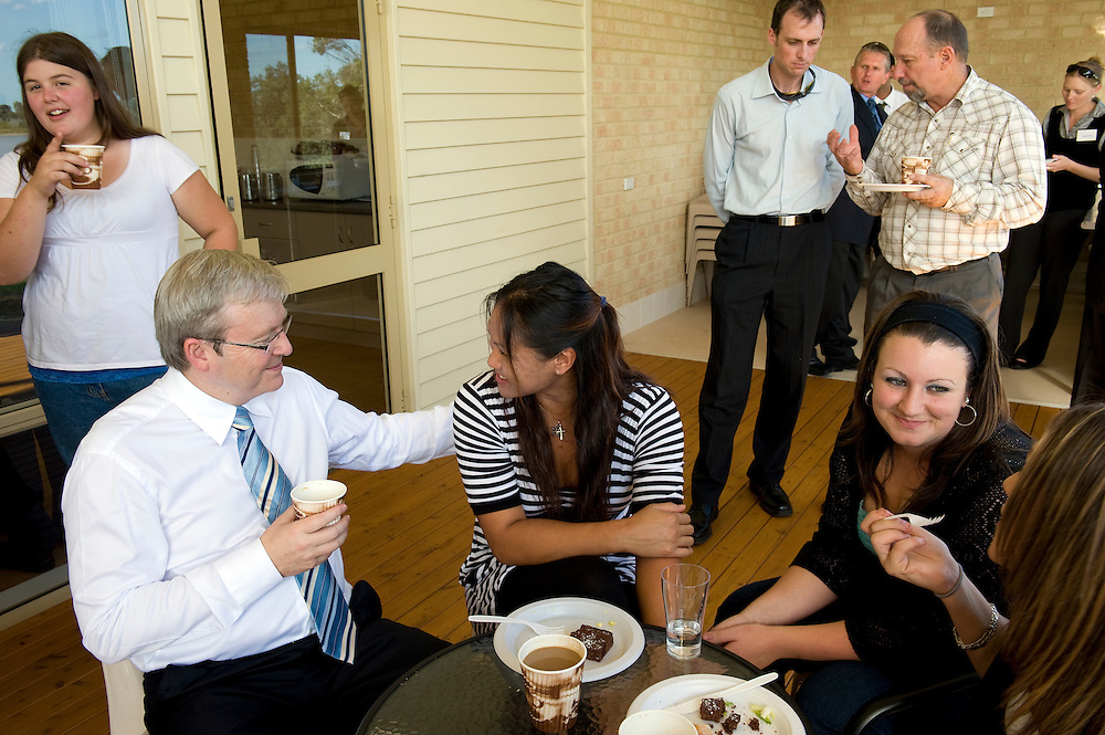 Prime Minister Kevin Rudd chats with visitors to the Teen Challenge Grace Academy, a rehabilitation and detox centre in Esperance.