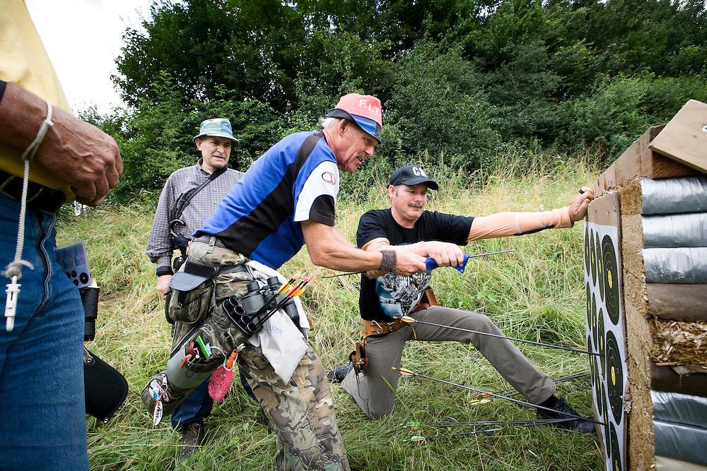 Nederland. Zoetermeer, 1 juli 2007.<br /> Handboogschieten : Lakota veld-en jachtwedstrijd op het terrein van HKS.<br /> Foto Martijn Beekman <br /> NIET VOOR TROUW, AD, TELEGRAAF, NRC EN HET PAROOL