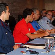 NLD/Amsterdam/20070801 - Persconferentie LG Amsterdam Tournament 2007, Robin van Persie en Maxi Rodriquez