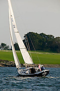 Bill Heine Alerion Express 28'