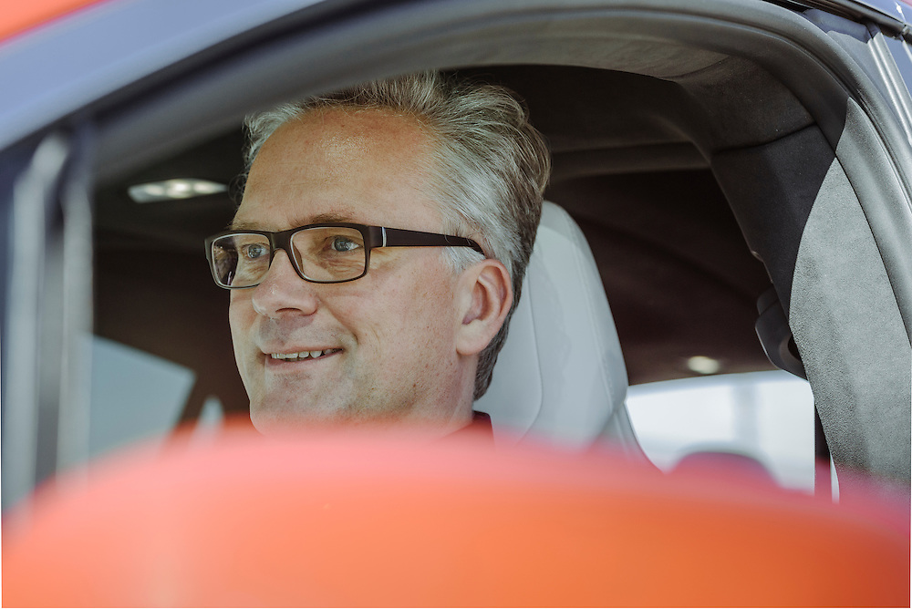Dirk Kunde test driving the Tesla Model X, Fremont, CA | Lufthansa Magazine