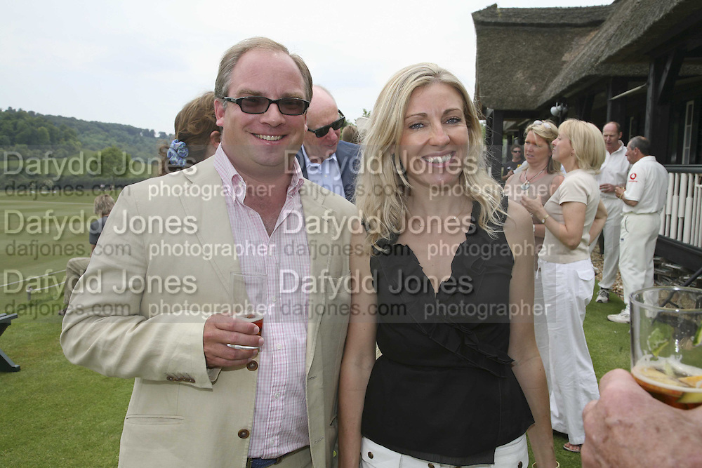 Tara and Elizabeth Getty, Guy Leymarie and Tara Getty host The De Beers Cricket Match. The Lashings Team versus the Old English team. Wormsley. ONE TIME USE ONLY - DO NOT ARCHIVE  © Copyright Photograph by Dafydd Jones 66 Stockwell Park Rd. London SW9 0DA Tel 020 7733 0108 www.dafjones.com