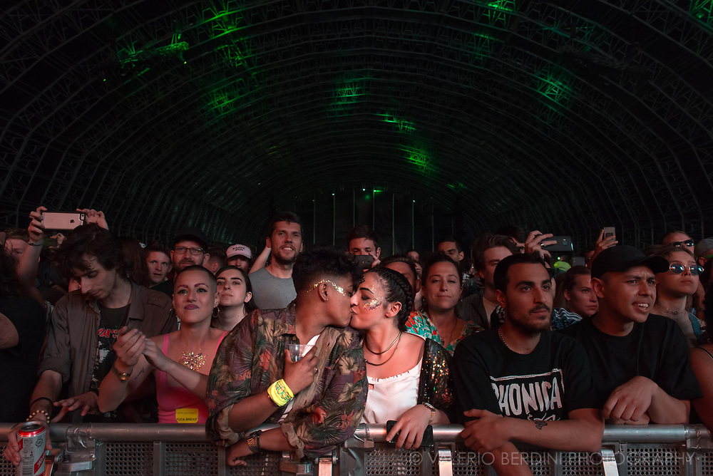 Two girls kissing at Field Day london on 3 June 2017