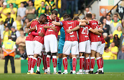 Bristol City huddle before facing Norwich City - Mandatory by-line: Robbie Stephenson/JMP - 23/09/2017 - FOOTBALL - Carrow Road - Norwich, England - Norwich City v Bristol City - Sky Bet Championship