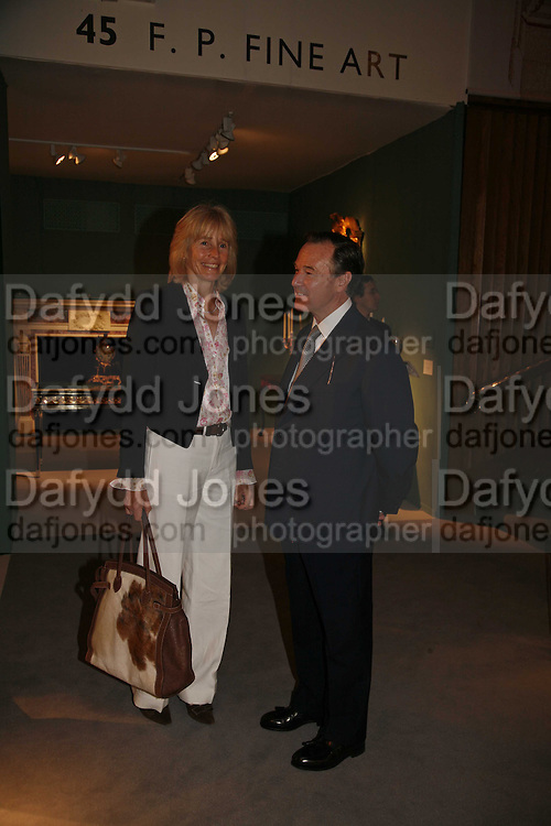 Mrs. Robert Cooper and Robin Kern, The opening  day of the Grosvenor House Art and Antiques Fair.  Grosvenor House. Park Lane. London. 14 June 2006. ONE TIME USE ONLY - DO NOT ARCHIVE  © Copyright Photograph by Dafydd Jones 66 Stockwell Park Rd. London SW9 0DA Tel 020 7733 0108 www.dafjones.com