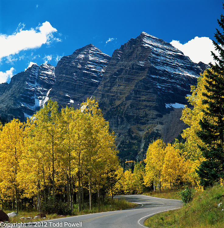 Autumn Scenic of Aspen Trees and the Maroon Bells near Aspen, Colorado.