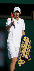 LONDON, ENGLAND - Wednesday, June 29, 2011: Andy Murray in action during the Gentlemen's Singles Quarter-Final match on day nine of the Wimbledon Lawn Tennis Championships at the All England Lawn Tennis and Croquet Club. (Pic by David Rawcliffe/Propaganda)