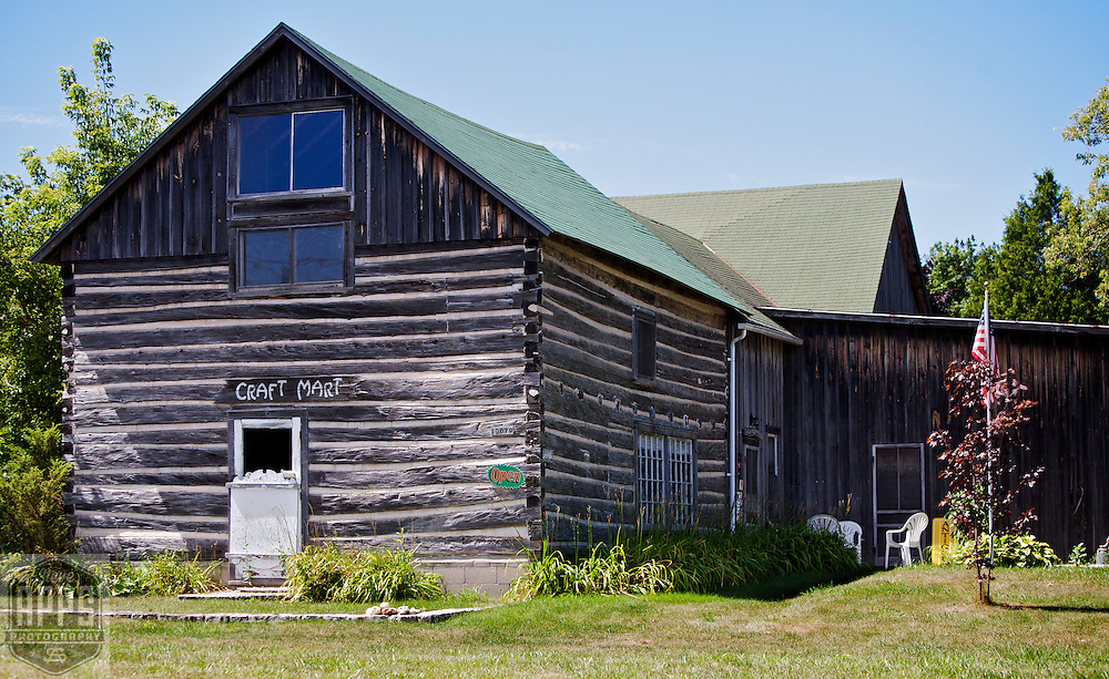 A collection of Barns that still can be seen while traveling the countryside in  the beautiful State of Wisconsin.<br /> Door County-Baileys Barn Antiques and Gifts. Hwy 57 North Bailey's Harbor. 10079 Hwy 57. Barns from around the State of Wisconsin.