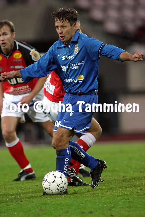 02.10.2003, Pori, Finland..Veikkausliiga 2003 / Finnish League 2003.FC Jazz v Myllykosken Pallo-47.Janne Lindberg - MyPa.©Juha Tamminen