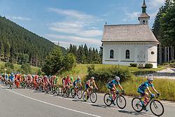 07.07.2017, St. Johann Alpendorf, AUT, Ö-Tour, Österreich Radrundfahrt 2017, 5. Kitzbühel - St. Johann/Alpendorf (212,5 km), im Bild Peloton, Stephan Rabitsch (AUT, Team Felbermayr Simplon Wels), Markus Eibegger (AUT, Team Felbermayr Simplon Wels), Lukas Schlemmer (AUT, Team Felbermayr Simplon Wels) // Peloton, Stephan Rabitsch (AUT, Team Felbermayr Simplon Wels), Markus Eibegger (AUT, Team Felbermayr Simplon Wels), Lukas Schlemmer (AUT, Team Felbermayr Simplon Wels) during the 5th stage from Kitzbuehel - St. Johann/Alpendorf (212,5 km) of 2017 Tour of Austria. St. Johann Alpendorf, Austria on 2017/07/07. EXPA Pictures © 2017, PhotoCredit: EXPA/ JFK