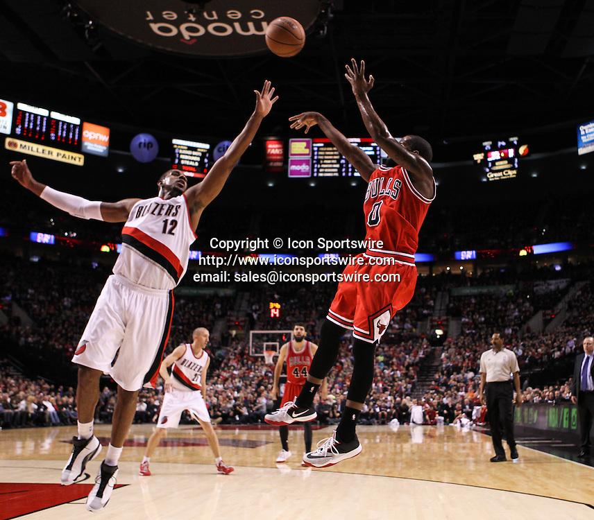 Nov. 21, 2014 - AARON BROOKS (0) shoots over LAMARACUS ALDRIDGE (12).The Portland Trail Blazers play the Chicago Bulls at the Moda Center on November 21, 2014.