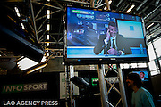 Infosport, partenaire du salon du Fottball vous invite sur leur plateau à endosser le costume du présentateur JT. 1'40 de stress et de bonheur.