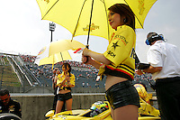 Tomas Scheckter at the Twin Ring Motegi, Japan Indy 300, April 30, 2005