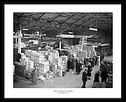 Old vintage images of Ireland is the perfect anniversary gift for someone that is interested in professional photography in Ireland. Irish Photo Archive has millions of old images of Dublin.