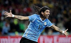 02.07.2010, Soccer City Stadium, Johannesburg, RSA, FIFA WM 2010, Viertelfinale, Uruguay (URU) vs Ghana (GHA) im Bild Jubel von Sebastian Abreu (Uruguay) nach dem entscheidenden Elfmeter, EXPA Pictures © 2010, PhotoCredit: EXPA/ InsideFoto/ Perottino, ATTENTION! FOR AUSTRIA AND SLOVENIA ONLY!