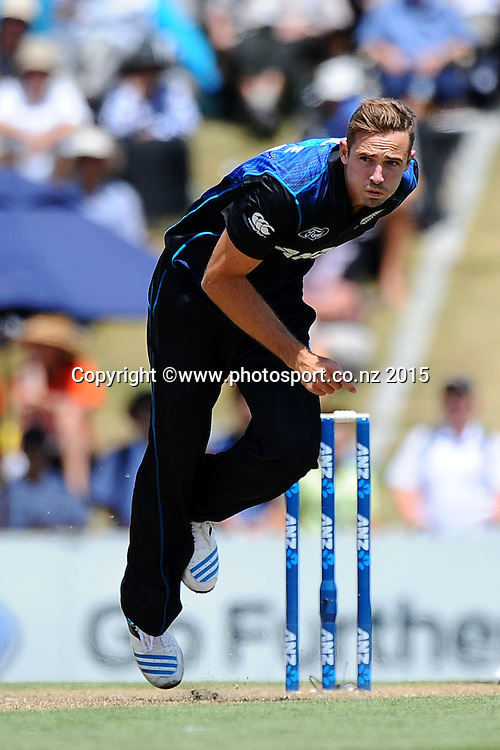 Black Cap player Tim Southee during Match 4 of the ANZ One Day International Cricket Series between New Zealand Black Caps and Sri Lanka at Saxton Oval, Nelson, New Zealand. Tuesday 20 January 2015. Copyright Photo: Chris Symes/www.Photosport.co.nz