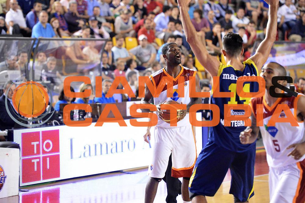 DESCRIZIONE : Roma Lega A 2012-2013 Acea Roma Sutor Montegranaro<br /> GIOCATORE : Jones Bobby<br /> CATEGORIA : delusione marketing<br /> SQUADRA : Acea Roma<br /> EVENTO : Campionato Lega A 2012-2013 <br /> GARA : Acea Roma Sutor Montegranaro<br /> DATA : 05/05/2013<br /> SPORT : Pallacanestro <br /> AUTORE : Agenzia Ciamillo-Castoria/ GiulioCiamillo<br /> Galleria : Lega Basket A 2012-2013  <br /> Fotonotizia : Roma Lega A 2012-2013 Acea Roma Sutor Montegranaro<br /> Predefinita :