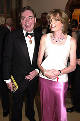 LORD & LADY LLOYD-WEBBER at a dinner in <br /> London on 19th June 2000.OFL 40<br /> © Desmond O'Neill Features:- 020 8971 9600<br />    10 Victoria Mews, London.  SW18 3PY <br /> www.donfeatures.com   photos@donfeatures.com<br /> MINIMUM REPRODUCTION FEE AS AGREED.<br /> PHOTOGRAPH BY DOMINIC O'NEILL