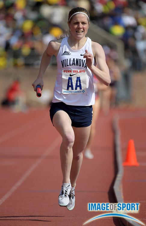 Apr 28, 2018; Philadelphia, PA, USA; Siofra Cleirigh Buttner runs anchor leg on the Villanova women's 4 x 800m relay that won the Championship of America race in 8:19.98 during the 124th Penn Relays at Franklin Field.