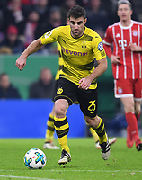 Fussball  DFB Pokal  Achtelfinale  2017/2018   FC Bayern Muenchen - Borussia Dortmund        20.12.2017 Sokratis (Borussia Dortmund)