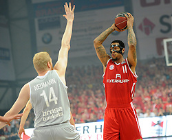 06.06.2013, Stechert Arena, Bamberg, GER, 1. BBL, 5. Playoff Halbfinale, Brose Baskets Bamberg vs FC Bayern Muenchen, im Bild Lawrence Roberts (11, FC Bayern Muenchen) gegen Philipp Neumann (14, Brose Baskets Bamberg) // during the 5th playoff semifinal match of germans 1st basketbal Bundesliga between Brose Baskets Bamberg and FC Bayern Munich ath the Stechert Arena, Bamberg, Germany on 2013/06/06. EXPA Pictures &copy; 2013, PhotoCredit: EXPA/ Eibner/ Hans Martin Issler<br /> <br /> ***** ATTENTION - OUT OF GER *****