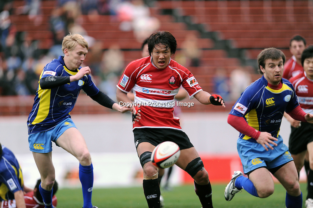Takashi Kikutani (JPN), APRIL 25, 2009 - Rugby : HSBC Asian 5 Nations 2009 between Japan 87-10 Kazakhstan at Kintstsu Hanazono Rugby Grouns, Tokyo, Japan. (Photo by Atsushi Tomura/AFLO SPORT) [1035]