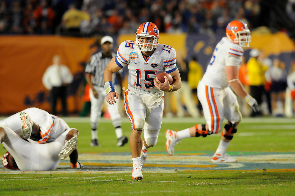 January 8, 2009: Tim Tebow of the Florida Gators in action during the NCAA football game between the Florida Gators and the Oklahoma Sooners in the 2009 BCS National Championship Game. The Gators defeated the Sooners 24-14.