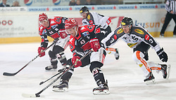 27.09.2015, Tiroler Wasserkraft Arena, Innsbruck, AUT, EBEL, HC TWK Innsbruck Die Haie vs Dornbirner Eishockey Club, 6. Runde, im Bild vl.: Jeff Ulmer (HC TWK Innsbruck Die Haie), Derek Hahn (HC TWK Innsbruck Die Haie), Andrew MacKenzie (Dornbirner Eishockey Club) // during the Erste Bank Icehockey League 6th round match between HC TWK Innsbruck Die Haie and Dornbirner Eishockey Club at the Tiroler Wasserkraft Arena in Innsbruck, Austria on 2015/09/27. EXPA Pictures © 2015, PhotoCredit: EXPA/ Jakob Gruber