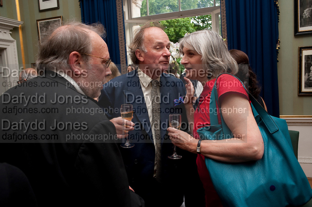 IAN JACK; DAVID CAMPBELL; LADY ANNE SOMERSET, David Campbell and Knopf host the 20th Anniversary of the revival of Everyman's Library. Spencer House. St. James's Place. London. 7 July 2011. <br /> <br />  , -DO NOT ARCHIVE-© Copyright Photograph by Dafydd Jones. 248 Clapham Rd. London SW9 0PZ. Tel 0207 820 0771. www.dafjones.com.