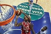 DESCRIZIONE : Campionato 2014/15 Dinamo Banco di Sardegna Sassari - Olimpia EA7 Emporio Armani Milano<br /> GIOCATORE : David Moss<br /> CATEGORIA : Tiro Penetrazione Special<br /> SQUADRA : Olimpia EA7 Emporio Armani Milano<br /> EVENTO : LegaBasket Serie A Beko 2014/2015<br /> GARA : Dinamo Banco di Sardegna Sassari - Olimpia EA7 Emporio Armani Milano<br /> DATA : 07/12/2014<br /> SPORT : Pallacanestro <br /> AUTORE : Agenzia Ciamillo-Castoria / Luigi Canu<br /> Galleria : LegaBasket Serie A Beko 2014/2015<br /> Fotonotizia : Campionato 2014/15 Dinamo Banco di Sardegna Sassari - Olimpia EA7 Emporio Armani Milano<br /> Predefinita :