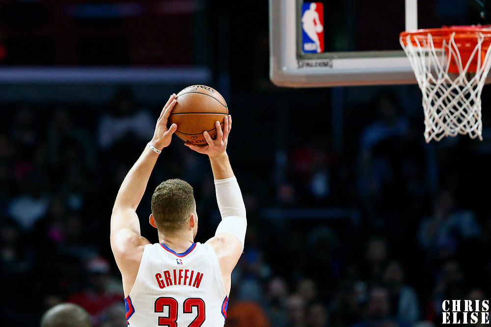 25 March 2016: LA Clippers forward Blake Griffin (32) is seen at the free throw line during the Los Angeles Clippers 108-95 victory over the Utah Jazz, at the Staples Center, Los Angeles, California, USA.
