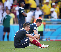 04.07.2014, Maracana, Rio de Janeiro, BRA, FIFA WM, Frankreich vs Deutschland, Viertelfinale, im Bild French players after lost 0-1 to Germany // during quarterfinals between France and Germany of the FIFA Worldcup Brazil 2014 at the Maracana in Rio de Janeiro, Brazil on 2014/07/04. EXPA Pictures © 2014, PhotoCredit: EXPA/ Eibner-Pressefoto/ Cezaro<br /> <br /> *****ATTENTION - OUT of GER*****