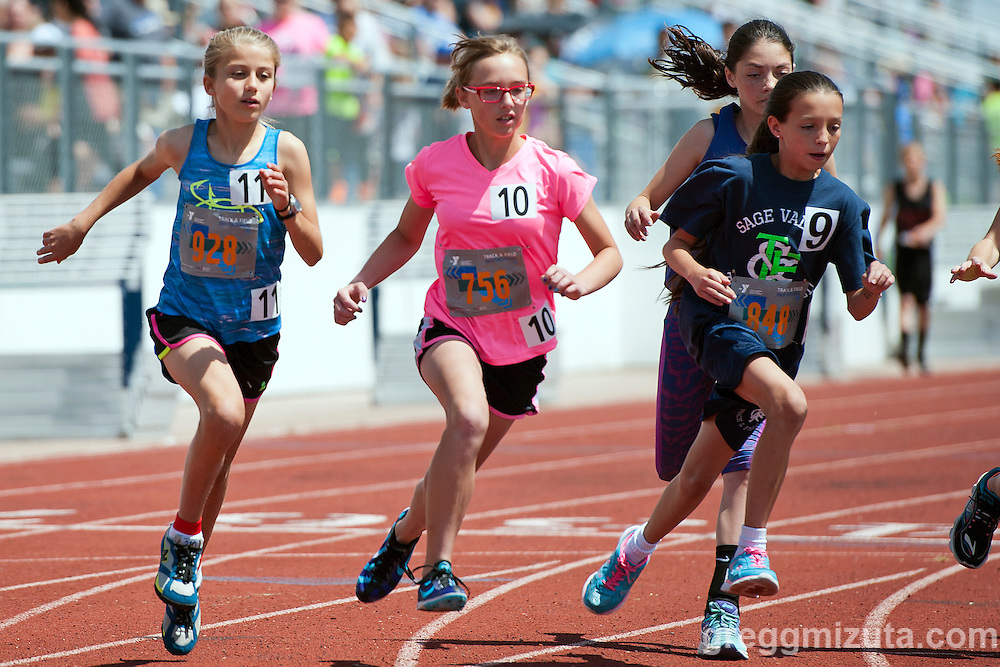 Start of the sixth grade 1600 (L to R: Mikella Tobin, Kayleigh Maloney, Saije Camp, Alexia Corona) at the YMCA Track &amp; Field Middle School Invitational on May 28, 2016 at Mountain View High School, Meridian, Idaho. <br /> <br /> Top three finishers: Mikella Tobin, YMCA Team Idaho (5:45.85); Kayleigh Maloney, Lewis &amp; Clark (5:52.62); and Alexia Corona, Sage Valley (5:57.10).